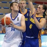 Peterka double-double against Poland!!
